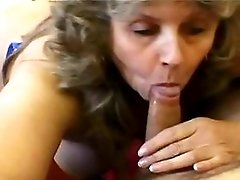 Blond mature gets cumshot in mouth
