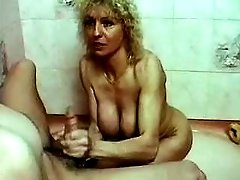 Lusty aged whore throats cock in bath
