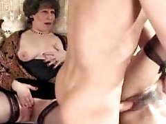 Mature n girl get facial after fuck